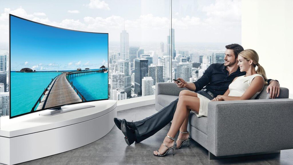 Watching movies on Curved UHD TV